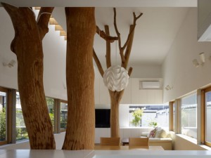 Garden-Tree-House-by-Hironaka-Ogawa-Associates-Inside
