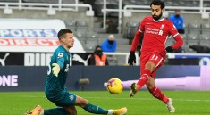 37423860-9099131-Mohamed_Salah_had_been_presented_with_the_best_opening_of_the_fi-a-79_1609365337644